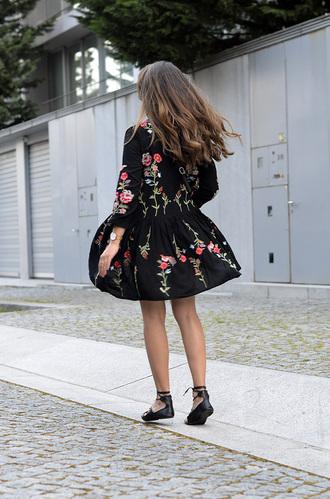 dress tumblr mini dress embroidered embroidered dress long sleeves long sleeve dress black dress sandals flats flat sandals