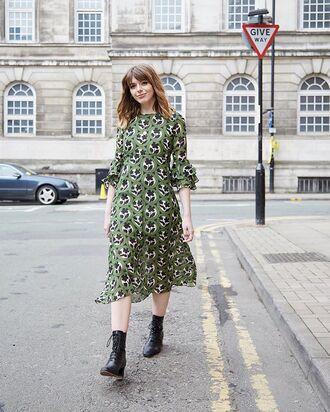 dress midi dress green dress boots black boots printed dress