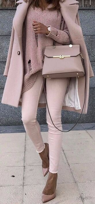 bag blogger blogger style fashion beautiful nude sweater shoes coat bags for women women
