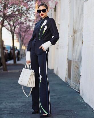 pants black sunglasses tumblr blue pants side stripe pants flare pants bag white bag shirt black shirt spring outfits office outfits sunglasses