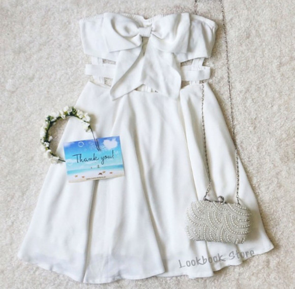 bag white clutch pearls cream flower crown thankyou white dress white pearl postcard accessory accessories blogger clothes colorful material trend