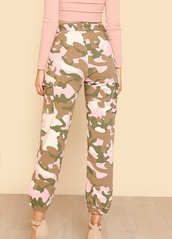 pants,girly,camouflage,camo pants,pink,pink camo joggers,cute,trendy,army pants,pink camo pants,pink camouflage,vue boutique
