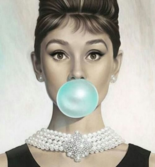 audrey hepburn jewels necklace