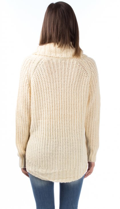Big turtle neck soft knit sweater