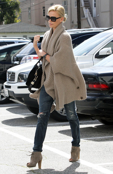 charlize theron cardigan fall outfits boties shoes jeans