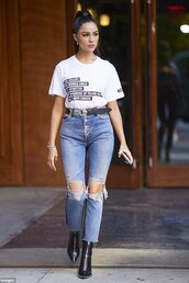 jeans,olivia culpo,t-shirt,streetstyle,fashion week,celebrity