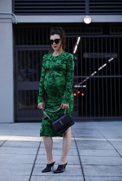 inspades blogger dress bag sunglasses green dress bodycon dress maternity dress ysl bag spring outfits