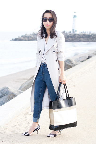 it's not her it's me blogger jeans blouse casual trench coat tote bag coat shoes bag sunglasses jewels d'orsay pumps