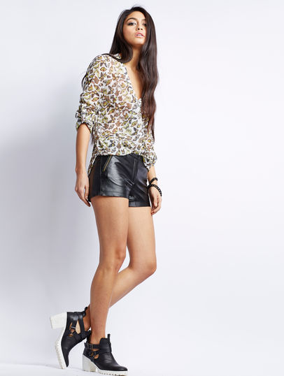 Short YAS Soma Soma Leather Shorts Black - Short damen YAS