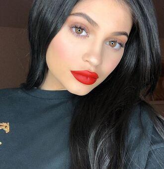 make-up sweatshirt kylie jenner kardashians instagram lipstick lips red lipstick