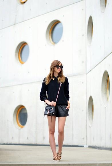 jewels blogger shoes blouse bag vogue haus