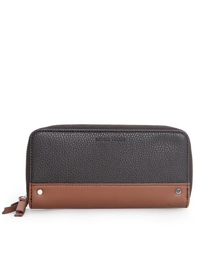 contrast panel wallet