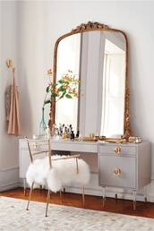 zebratrash,blogger,cocos tea party,home accessory,home decor,mirror,gold,chair,room accessoires,vanity mirror,make-up,makeup drawers,makeup table