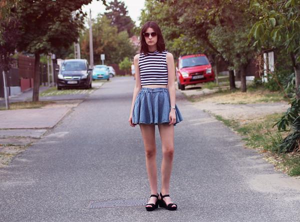 mes memos skirt sunglasses t-shirt jewels shoes