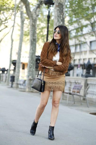 dulceida blogger fringe skirt suede jacket black bag chelsea boots