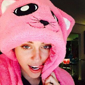 pajamas miley cyrus cats pink