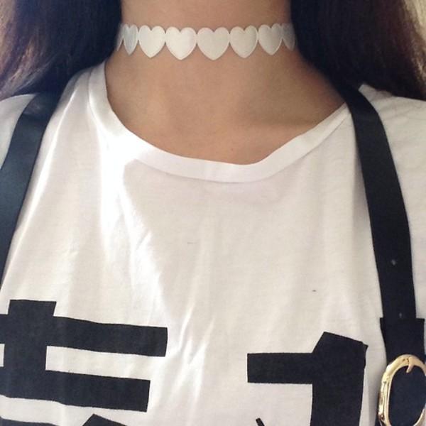jewels heart choker heart heart choker necklace choker necklace white kawaii kawaii grunge black t-shirt soft grunge kawaii dark