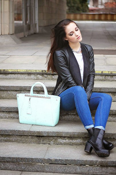leona meliskova blogger jeans black jacket leather jacket chunky boots jacket t-shirt bag shoes