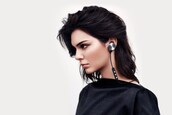 earphones,headphones,kendall jenner,kardashians,model