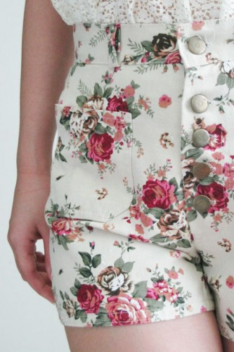Floral Shorts White, SOLD OUT | The Childlike Empress