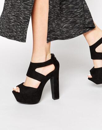 shoes black heels black heels chunky heels platform heels blackheels prom promshoes prom shoes prom heels promheels sandals chunkysandals chunky sandals platformsandals platform sandals