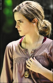 harry potter,hermione,pink,blouse,shirt,buttons,code,emma watson,brown blouse,pink blouse,jewels