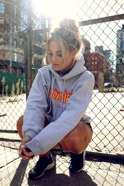 fanny lyckman blogger sweater hoodie thrasher hoodie grey hoodie summer outfits