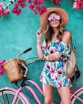 shorts,flowered shorts,hat,bike,tumblr,floral,top,matching set,two-piece,off the shoulder,off the shoulder top,sunglasses,aviator sunglasses,sun hat