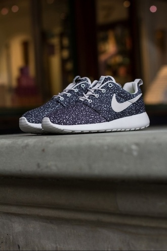 shoes nike sneakers trainers nike nike roche run nike trainers sneakers running trainers roshe runs black white nike roshe run gamma grey roshe run nike