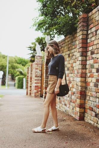 snakes nest blogger flats shoulder bag mini skirt grey sweater