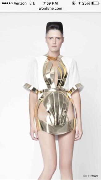 gold white dress kendall jenner