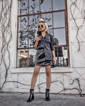 skirt tumblr mini skirt black skirt leather skirt black leather skirt boots black boots ankle boots shirt black shirt sunglasses all black everything
