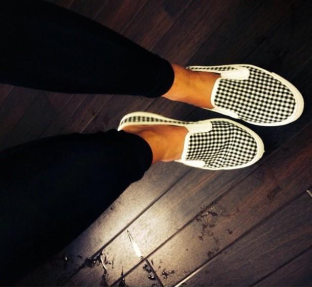 shoes topshop white pants jeans dress top summer dress summer top summer shoes black dress black shoes