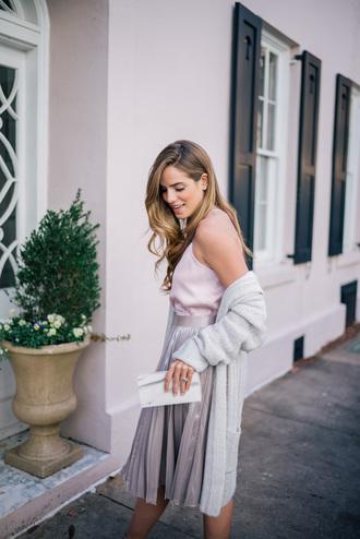skirt tumblr midi skirt silver metallic pleated pleated skirt metallic pleated skirt top white top cardigan long cardigan grey cardigan clutch