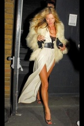 dress,kate moss,white,cream,slit dress,silk,coat,belt