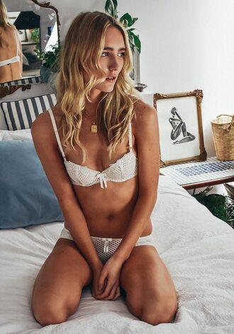 underwear lingerie lingerie set lace lingerie white lingerie bra white bra panties white panties
