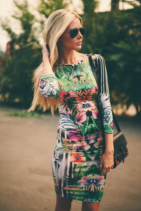 tropical dress floral barefoot blonde