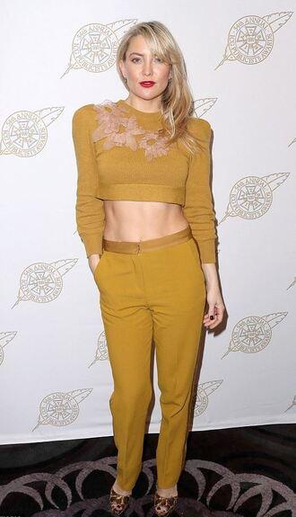 top sweater mustard pants kate hudson cropped