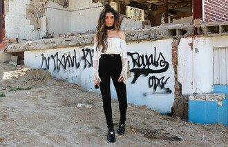 madame rosa blogger top pants shoes jewels jewelry necklace choker necklace black choker black