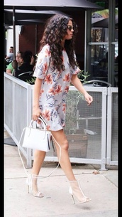 shoes,white heels,dress,short dress,t-shirt dress,selena gomez,curly hair,peep toe boots,peep toe