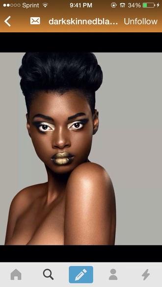 make-up lipstick gold