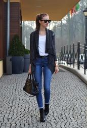 vogue haus,t-shirt,jeans,sweater,shoes,belt,bag,jewels,sunglasses