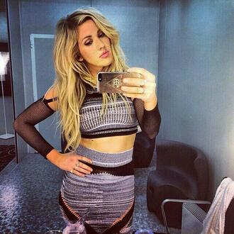 skirt ellie goulding phone case music eg music lights burn undefined her phone case phone case galaxy s4 galaxy s4 ellie goulding phone case please tell me where to get i need help silk galaxy s4 case