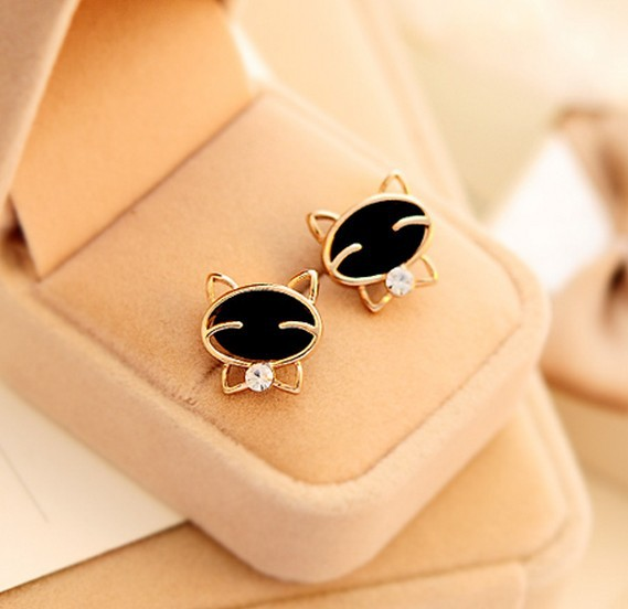 LZ Jewelry Hut E294 The 2014 Wholesale Fashion Black Rhinestone Smiley cat Earrings For Women-in Stud Earrings from Jewelry on Aliexpress.com