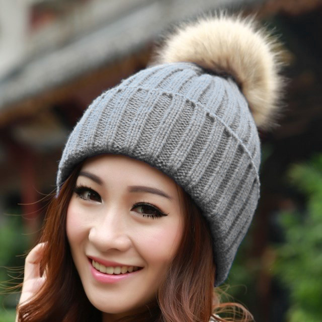 Pommi Beanie Hat | Outfit Made