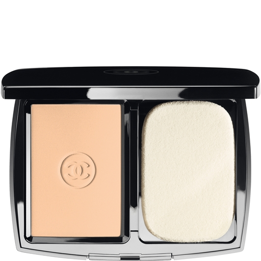 DOUBLE PERFECTION LUMIÈRE LONG-WEAR FLAWLESS SUNSCREEN POWDER MAKEUP BROAD SPECTRUM SPF 15 - DOUBLE PERFECTION LUMIÈRE - Chanel Makeup