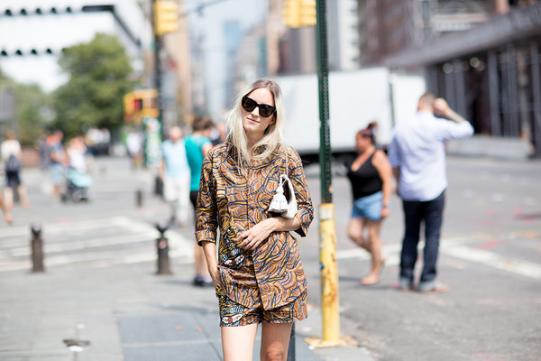 the fashion guitar blogger sunglasses bag