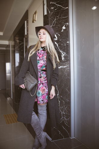my blonde gal blogger dress floral long coat suede boots thigh high boots coat bag hat jewels shoes