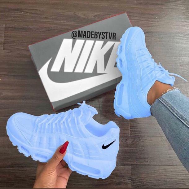 1048862859fe6 Shoes, at - Wheretoget