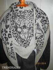 scarf,lala berlin,pretty,nice,cool,grey,leopard print,knitted scarf